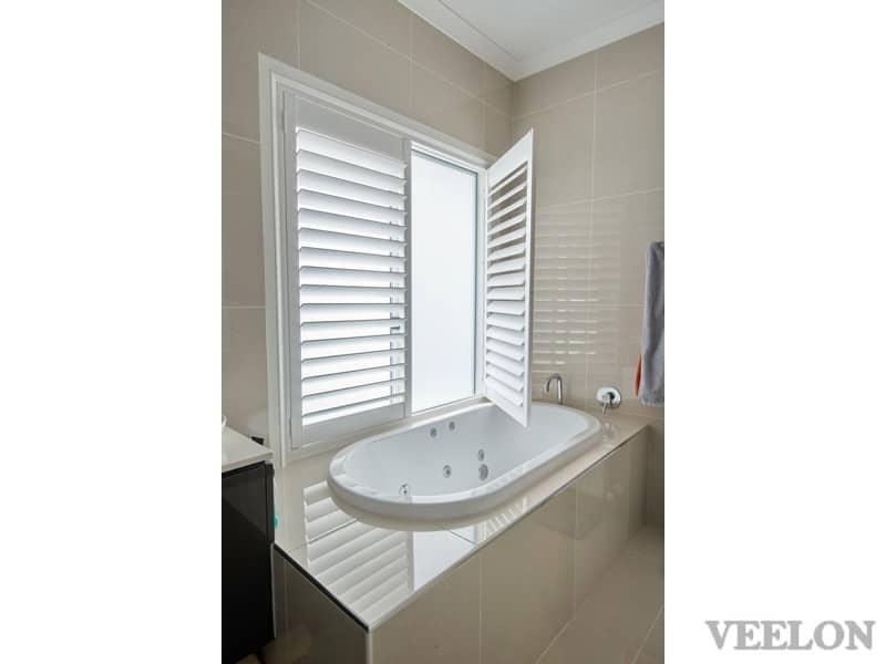 Veelon Melbourne Plantation Shutters Timber PVC White Ivory Bathroom