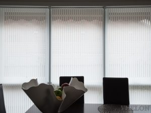 Veelon Melbourne roller blinds white ivory stripe